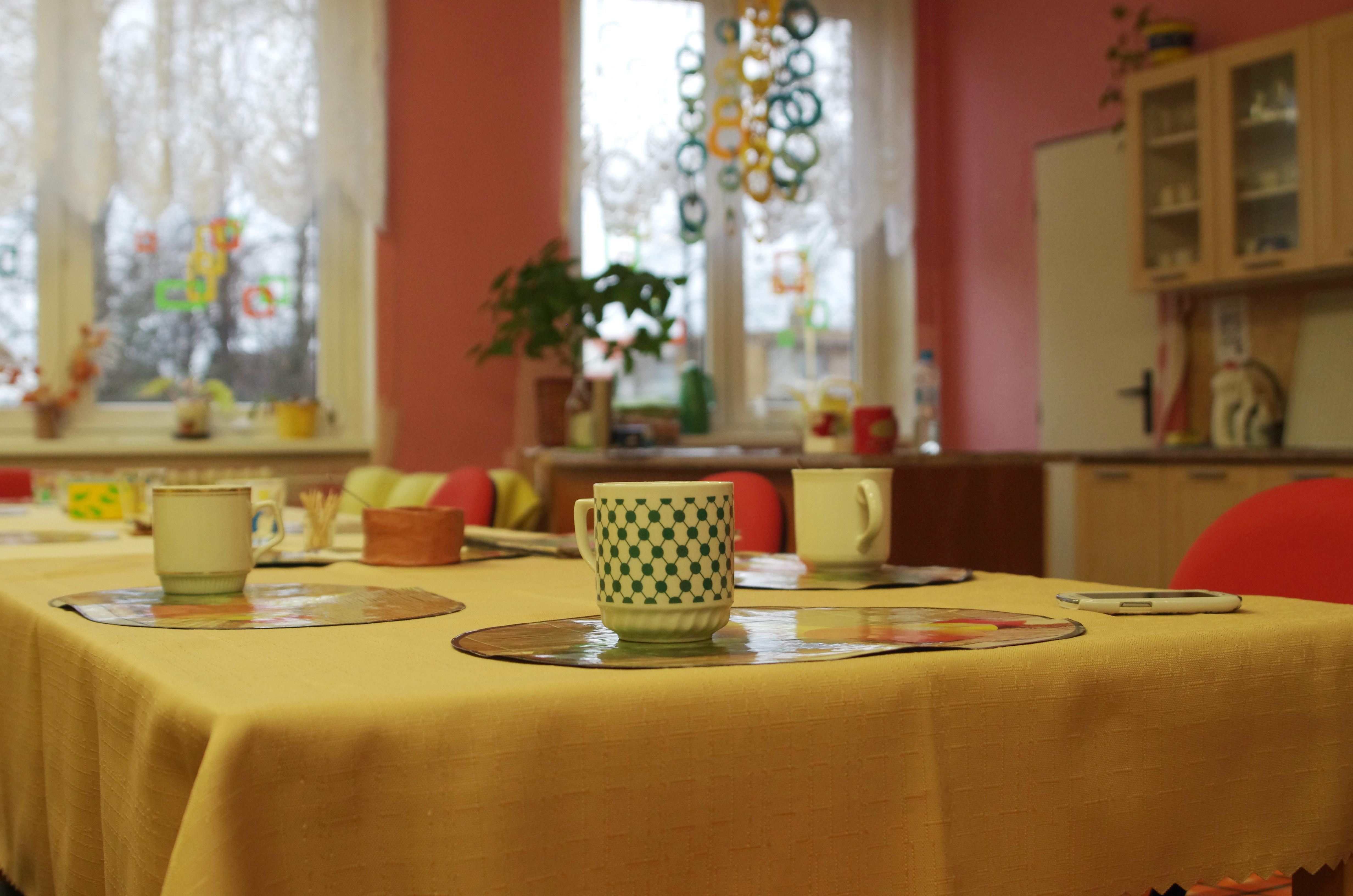 Denní místnost - stůl velký